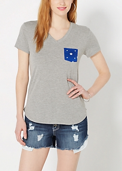 Starry Pocket Raw Edge V-Neck Tee