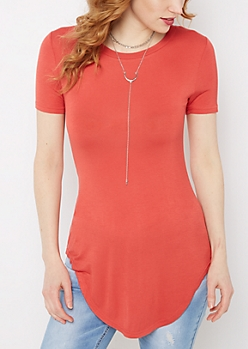 Red Shirttail Hem Fitted Tunic Tee