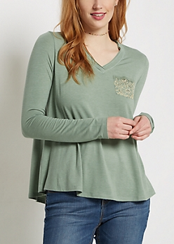 Green Lace Pocket Raw Edge V-Neck Tee