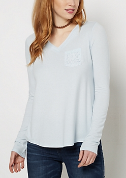 Light Blue Lace Pocket Raw Edge V-Neck Tee