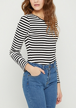 Black & White Striped Long Sleeve Crop Top
