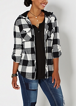 Black Buffalo Plaid Fleece Hooded Shirt