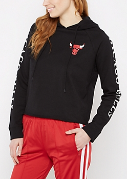 Chicago Bulls Cropped Logo Hoodie