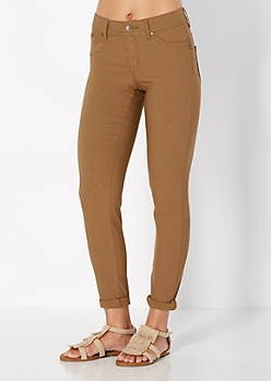 Camel Better Booty Twill Stretch Jegging in Short