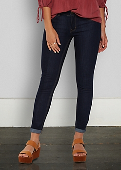 Dark Blue Mid Rise Jegging in Short