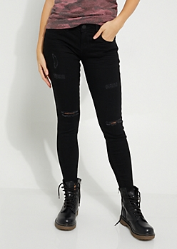 Black Frayed Ankle Jean