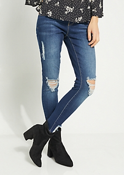 Medium Wash Frayed Ankle Jean