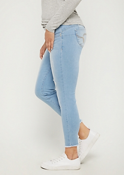 Distressed Better Butt Ankle Skinny Jean in Regular