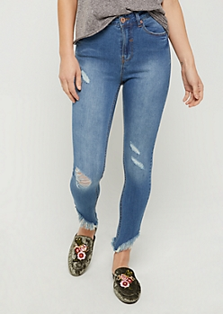 Ripped & Frayed Sharkbite Skinny Jean in Regular