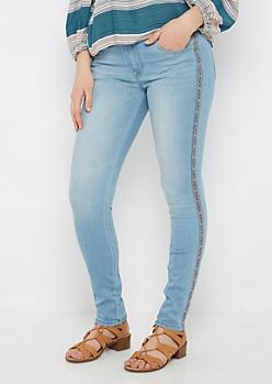 Vintage Embroidered Skinny Jean By Sadie Robertson X Wild Blue