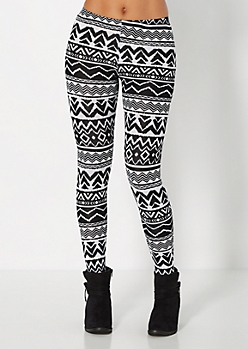 Black & White Tribal Chevron Legging