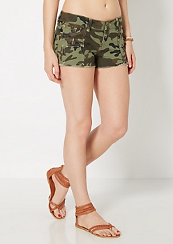 Camo Flap Pocket Frayed Short