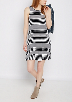Mixed Stripe Keyhole Back Swing Dress