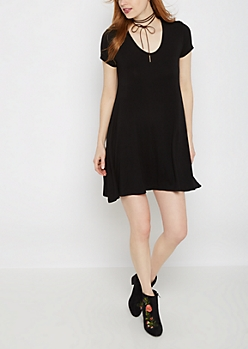Black Keyhole Swing Dress