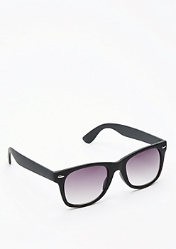 Black Stud Temple Matte Retro Sunglasses