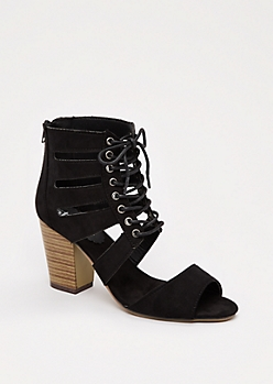 Black Cut-Out Stacked Heel