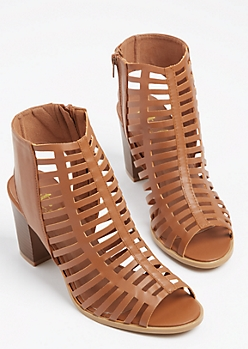 Cognac Cutout Stacked Heel