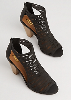 Black Tribal Cutout Stacked Heel