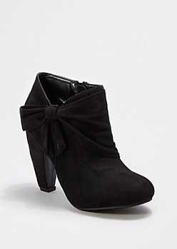Black Wrapped Bow Shootie