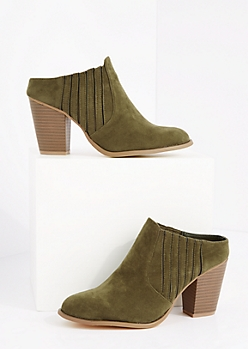 Olive Side Gore Stacked Heel