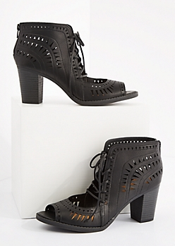 Black Geo Cutout Stacked Heel