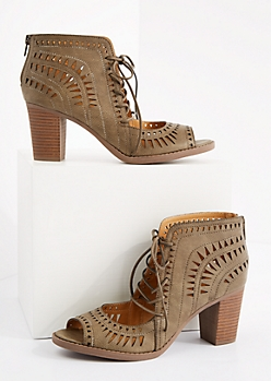 Olive Geo Cutout Stacked Heel