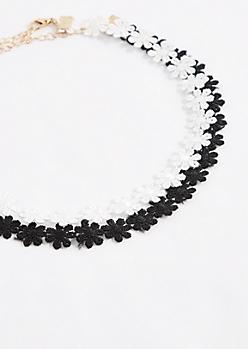 Black & White Daisy Crochet Choker Set