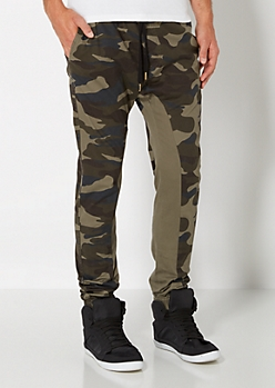 Gusseted Camo Jogger