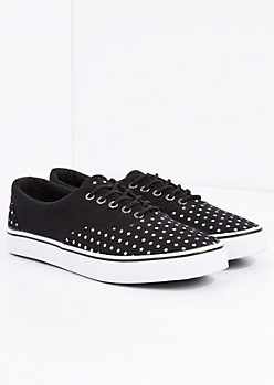 Star Low Top Sneaker