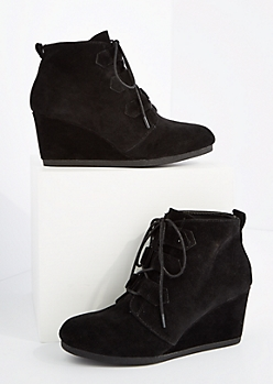Black Lace Up Wedged Booties By Qupid