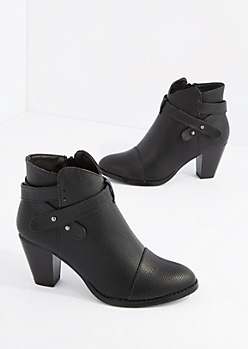 Black Criss Cross Strap Heel Booties By Hot Kiss