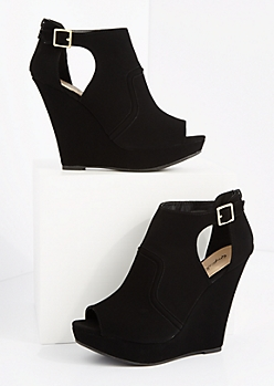 Black Platform Wedge Shootie by Qupid®