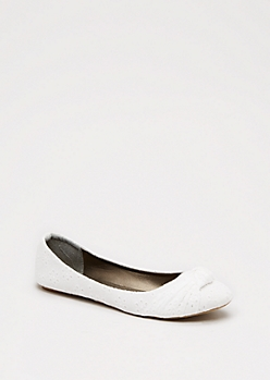 Knotted Toe Eyelet Ballet Flat