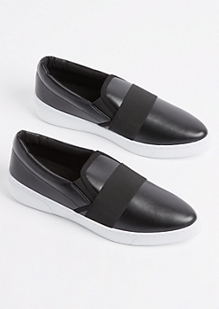Black Striped Skate Shoe By Qupid