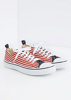 Americana Low Top Sneaker