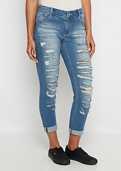 Medium Destroyed Mid Rise Jegging in Curvy