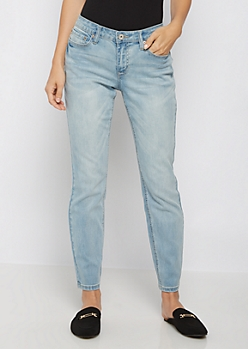 Light Blue Vintage Skinny Jean in Curvy