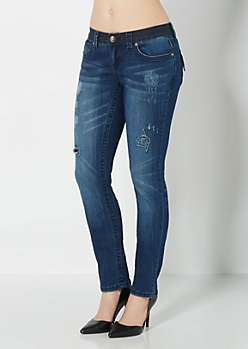 Scratched Embroidered Skinny Jean in Curvy