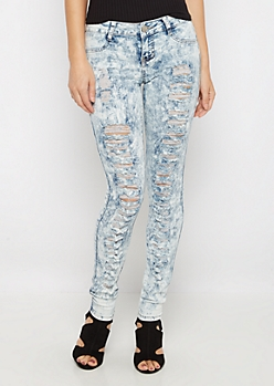 Destroyed Acid Wash Jegging in Curvy