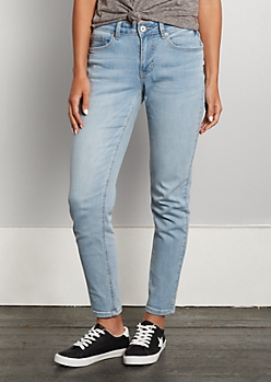 Light Blue Vintage Skinny Jean in Short