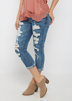 Destroyed & Cuffed Cropped Jean in Curvy