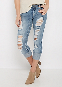 Destroyed Mid Rise Cropped Jean in Curvy