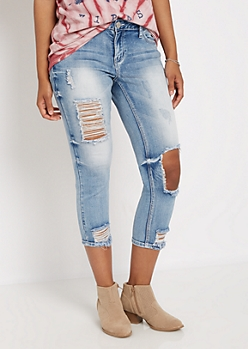 Blown-Out Knee Cropped Jean in Curvy