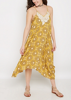 Medallion Hanky Hem Maxi Dress