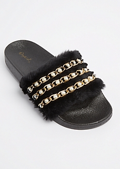 Black Pearly Chain Linked Fuzzy Slide On By Qupid