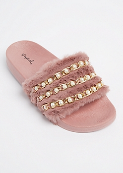 Pink Pearly Chain Linked Fuzzy Slide On By Qupid