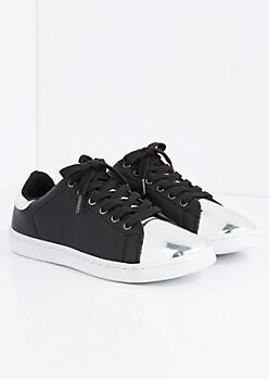 Black Metallic Toe Low Top Sneaker By Qupid