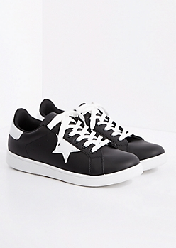 Black & White Star Sneaker By Qupid