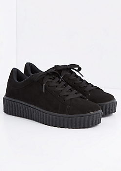Black Creeper Sneaker By Wild Diva