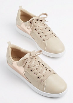 Tan Metallic Star Low Top Sneaker